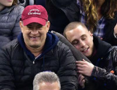 Загадочно исчезнувший сын Тома Хэнкса нашелся