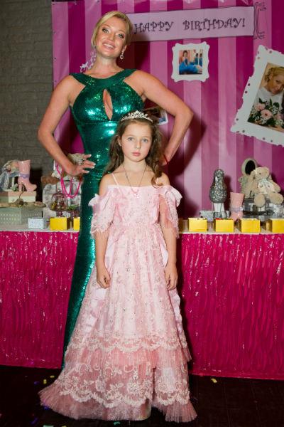 Анастасия Волочкова с дочкой Ариадной