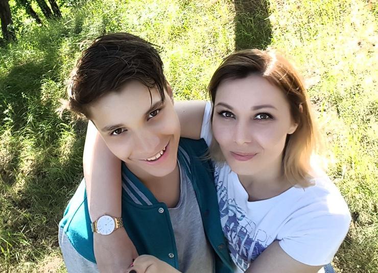 Влад с мамой
