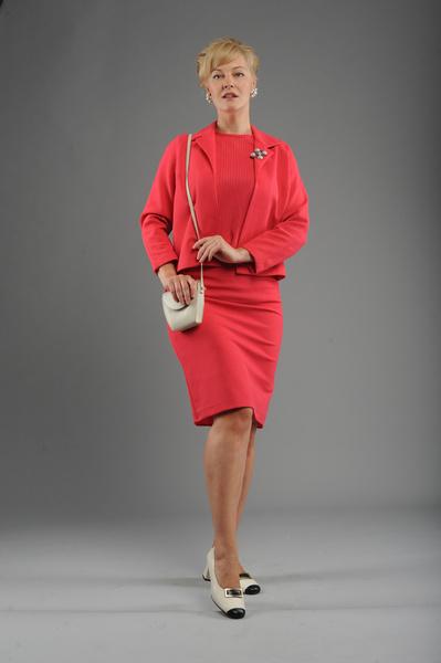 Яркие цвета идеально сочетались со стильными сумками с ремешком через плечо