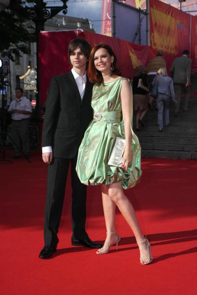 Андрей — сын Безруковой от брака с Ливановым — умер в 2015 году