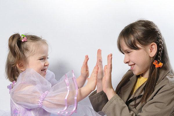 Настя и Таисия были очень дружны в детстве