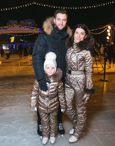 Андрей Карпов и Екатерина Волкова с дочерью
