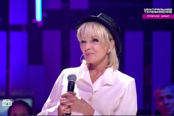 Лайма Вайкуле в эфире программы «Центральное телевидение»