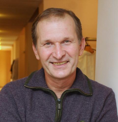 Федор Добронравов оброс и поседел — фото