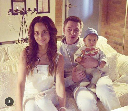 Саша Зверева с мужем и сыном
