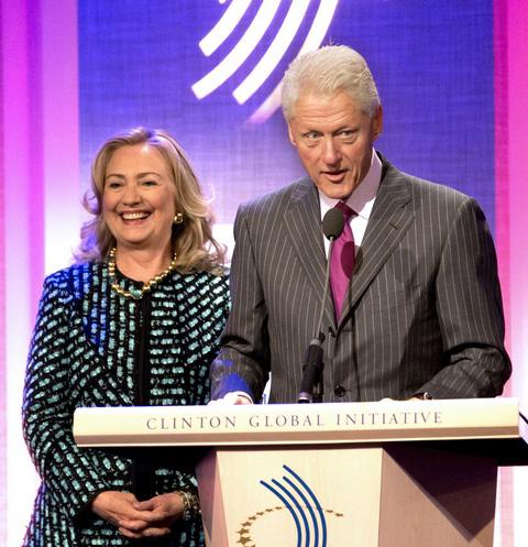 Западные СМИ распространили новость о скором разводе Хиллари Клинтон