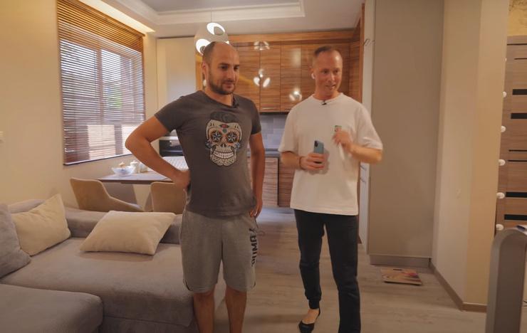 Артист похвастался роскошными апартаментами