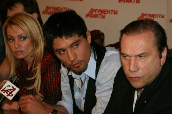 Батурин с Яной Рудковской и ее подопечным Димой Биланом