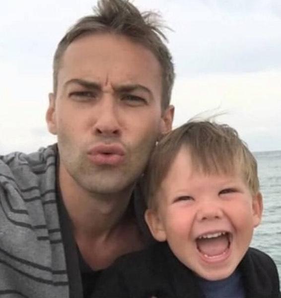 Дмитрий самостоятельно занимается воспитанием сына