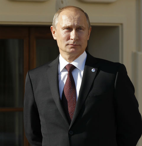 Президент Киргизии подарил Владимиру Путину шестимесячного щенка по кличке Шерхан