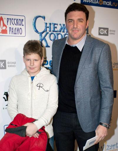Максим Виторган с сыном также посетили премьеру