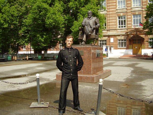 Владимир говорит о бурной молодости