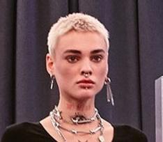 В шоу «Ты_Топ-модель на ТНТ» взяли участницу с 20 татуировками и тоннелями