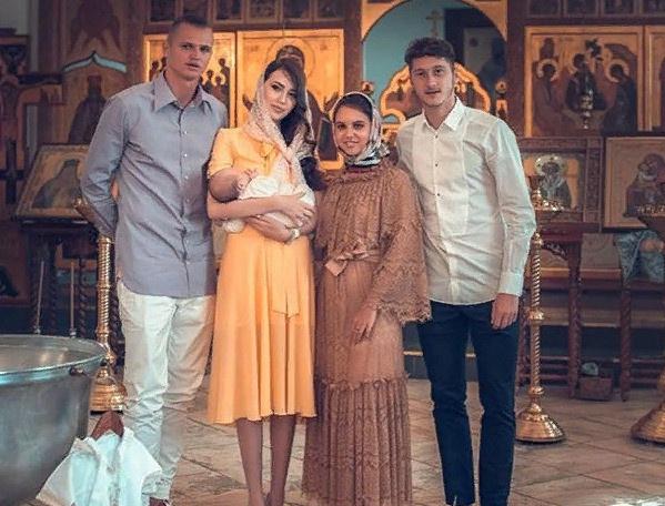 20 августа супруги крестили дочь