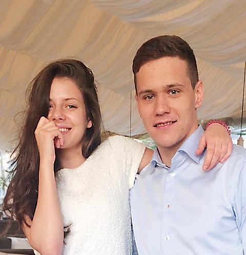 Экс-жена Никиты Зайцева: «Хочется верить, что детей не только перед судом на камеру гулять выводят»