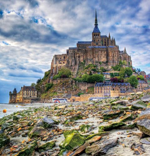По местам силы Франции: какие энергетические точки Земли важно посетить