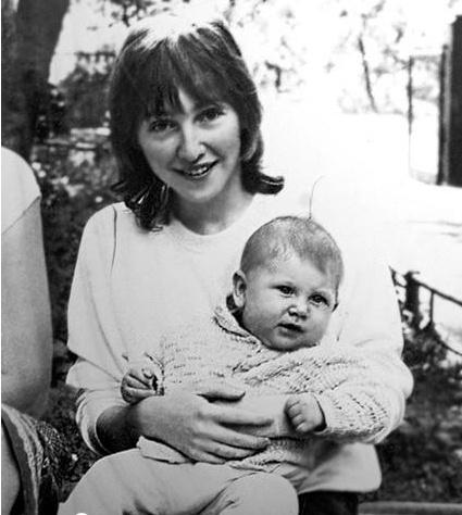 Катя с маленьким Иваном