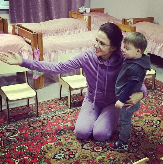Новости: Эвелина Бледанс рассказала о том, как ее сын пошел в детский сад – фото №7