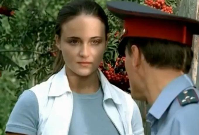 В прошлом Анне и Сергею Безрукову, игравшим в сериале «Участок» приписывали роман