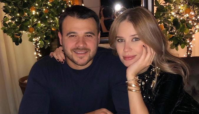 Эмин Агаларов показал первое фото новорожденной дочери