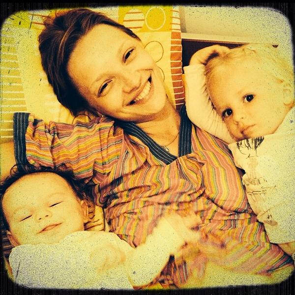 Актриса с сыном Петром и дочерью Павлой
