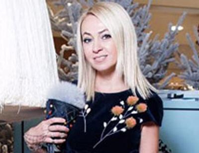 Яна Рудковская похвасталась роскошными подарками