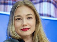 Оксана Акиньшина справилась с горем благодаря Сергею Шнурову