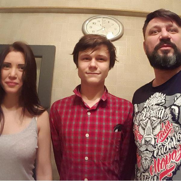 Виктор Логинов с детьми