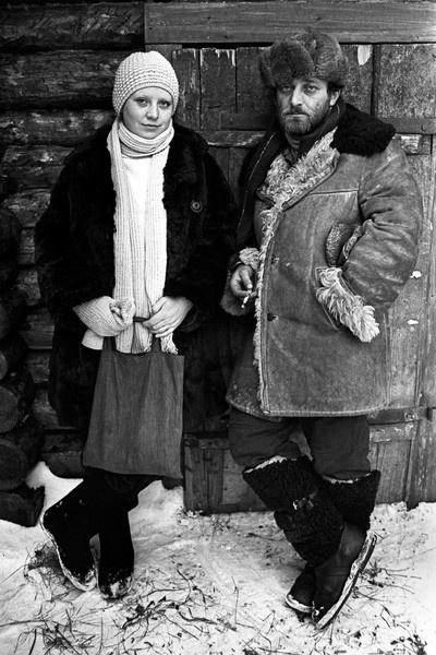 Во второй раз актриса вышла замуж в 1975 году. Ее избранником стал оператор Юрий Векслер