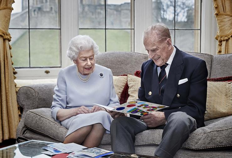 Принц Филипп и Елизавета II редко жалуются на здоровье