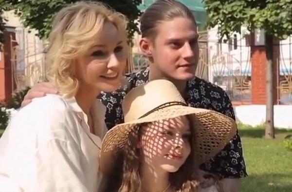 Марина Зудина: «Не испытываю вину за то, что Табаков ушел из семьи»