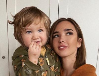 Сыну популярного блогера, которому собирали деньги в Instagram, удалили часть родимого пятна