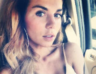 Анна Седокова показала дочери жизнь без роскоши