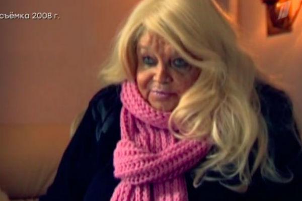 Под конец жизни Кустинская часто появлялась на ТВ и делилась воспоминаниями о коллегах
