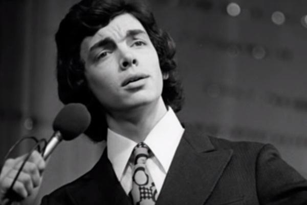 Страсть к музыке Захаров унаследовал от дедушки — профессионального музыканта