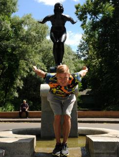 Юношеское увлечение водным поло помогло певцу быстро набрать хорошую форму для шоу «Вышка»