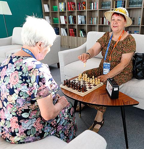 Постичь тонкости шахматной игры