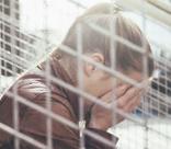 Уйти, не попрощавшись: две исповеди о подростковых самоубийствах