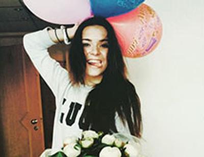 Аделина Сотникова будет подружкой на свадьбе Волосожар и Транькова