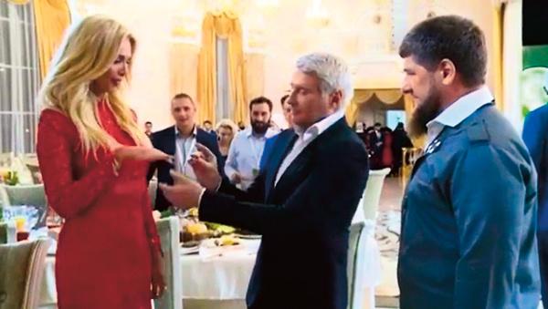 Величиной бриллианта на кольце, подаренном женихом, остался доволен даже Рамзан Кадыров