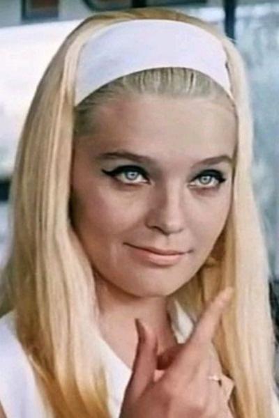 Роковая блондинка смогла влюбить в себя всех мужчин СССР