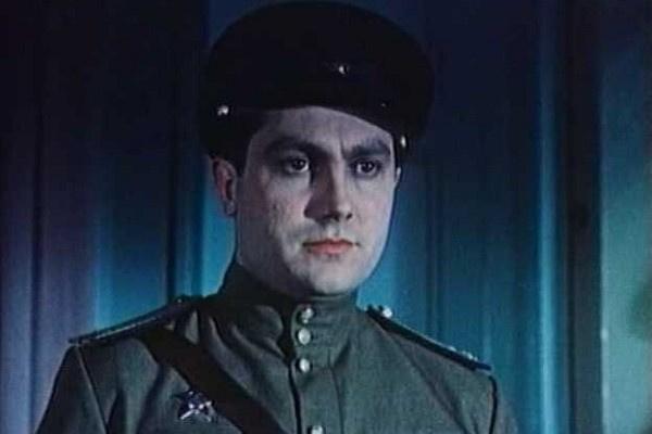 Павел Луспекаев ушел добровольцем на фронт
