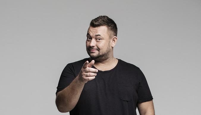 Сергей Жуков рассказал, как его порезали во время концерта