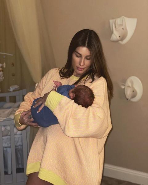 21 января Кети родила сына