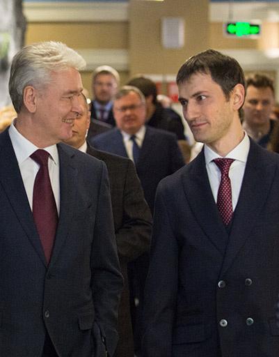 Мэр Москвы Сергей Собянин и генеральный директор Максимилиан Пивоваров