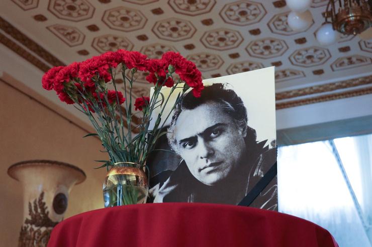 Сличенко внес огромный вклад в популяризацию цыганской культуры
