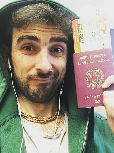 Стефано «застрял» на карантине в Италии