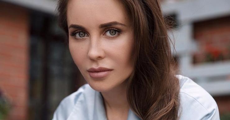 Звезда «Уральских пельменей» Юлия Михалкова вмешалась в скандал с рэпером Гнойным