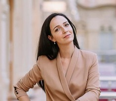 Валерия Ланская о трудностях на шоу «Точь-в-точь», Билли Айлиш и воспитании сына